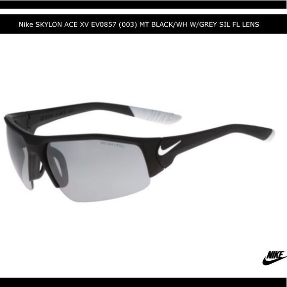 383da7d0c0e NWT Men s Nike Skylon Ace XV Sunglasses.
